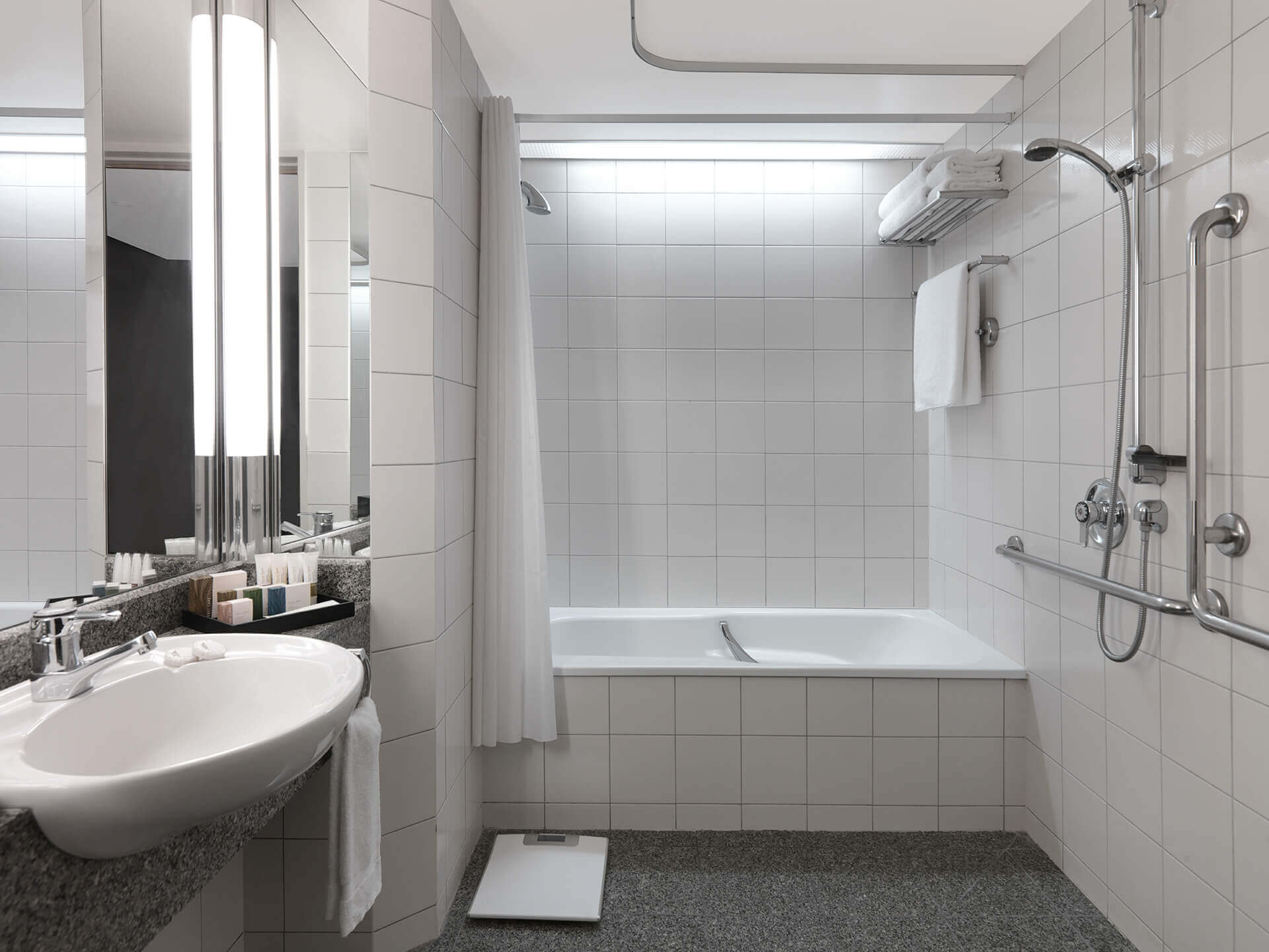 Accessible-Bathroom